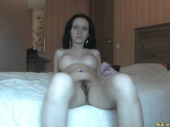 Webcam girl has stunningly perky tits videos