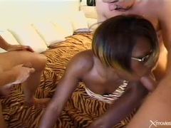 Black girl sucks dick during double penetration movies at kilosex.com