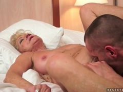 Granny has a hairy cunt that needs licking videos