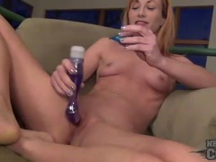 Amateur smiles and masturbates her clit movies at find-best-hardcore.com