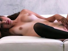 Sexy pussy rubbing with beauty in stockings movies