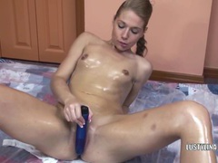 Lina covered in oil and fucking a dildo movies