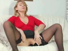 Masturbating milf sucks on rock hard young cock videos