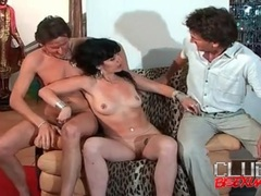 Big cocks blown in beautiful threesome video clip movies at find-best-ass.com