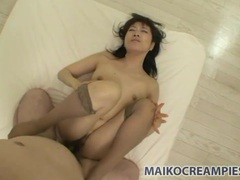 Cumming hard in her slippery japanese pussy videos