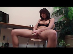 Long dildo vibrates clit and fucks her pussy videos