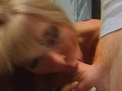 Hairy wet box of the blonde milf fucked outdoors tubes