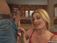 Mature blonde milf takes a huge cock videos