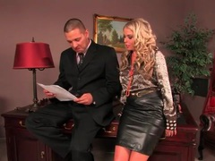 He eats out his secretary in the leather skirt movies