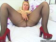 English milf michelle does not wear knickers for a reason movies at dailyadult.info