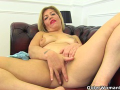 English milf filthy emma peels off her tight jeans videos