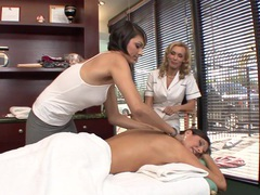India summer gets a sexy massage from two girls tubes