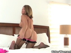 My favorite next door milfs from the usa: jamie, niki and sofie 4 videos