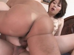 Skinny japanese slut fucked in double penetration tubes at japanese.sgirls.net