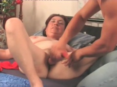 Mature hardcore makes her hairy pussy happy videos