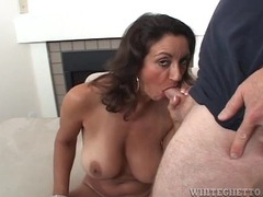 Milf he eats out turns around to suck his dick videos