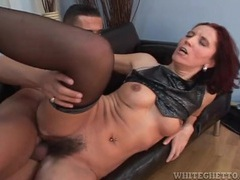 Hairy cunt fuck with cumshot in her pubes movies at freekiloclips.com