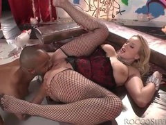 Curvy chick in lingerie does anal porn with bbc movies at find-best-mature.com