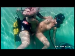 Underwater fucking of sexy girl in scuba mask movies