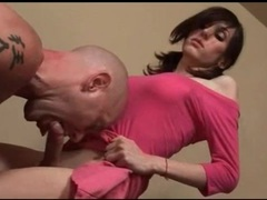 He sucks cock of hot body shemale in pink videos
