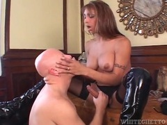 Great sex with leggy shemale in black latex boots videos