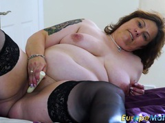 Mature bbw slut finds pleasure with her little sex toy tubes