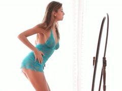 Smoking hot young body dancing in lace lingerie movies at kilotop.com