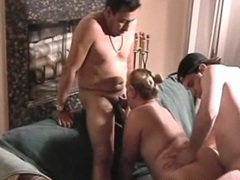 Fat girl shared by two guys in amateur threesome videos