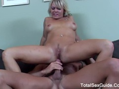 Group of people blow job for just one cock plus cum interchanging movies at freekilosex.com