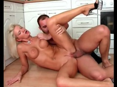 High heels girl with legs spread fucked in kitchen movies at sgirls.net