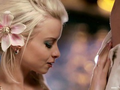 Blowjob from the deep pool movies at kilopics.net