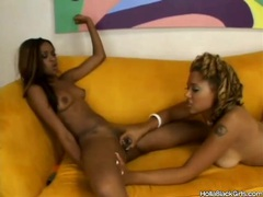 Black girls get naked fast and play with wet pussy videos