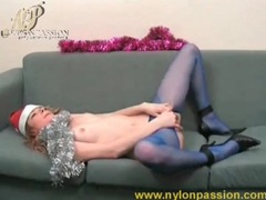 Christmas beauty in blue pantyhose rubs pussy movies at lingerie-mania.com