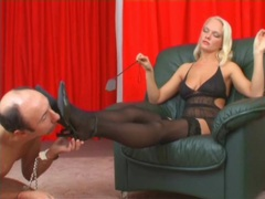 Mistress in stockings pisses on his face movies at kilotop.com
