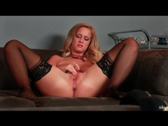 Hot big tits blonde masturbates vagina tubes