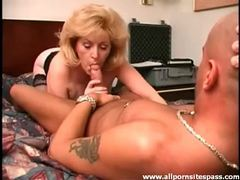 Big haired mature blonde sucks dick movies at find-best-babes.com