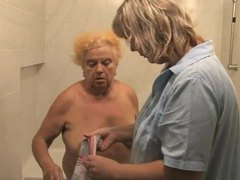 Nurse washes down old blonde granny videos