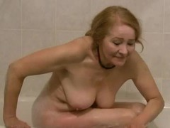 Sexy old cocksucker in the bathtub videos