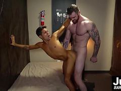 Muscle hunk scott ambrose shows handsome titus how to fuck movies at find-best-tits.com