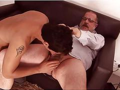 Oso gordo gay y joven movies at find-best-mature.com