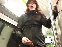 Sweet ejaculation in the train movies at freekiloporn.com