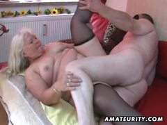 Chubby amateur wife sucks and fucks on her bed movies at kilosex.com
