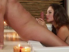 Kissing and handjob from goddess in the tub movies at kilopics.net