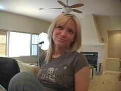 Cute girl in jeans sings for the camera movies at dailyadult.info