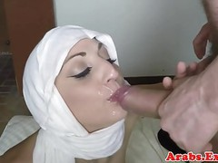 Hijab wearing amateur lured into sex for cash movies at find-best-lesbians.com