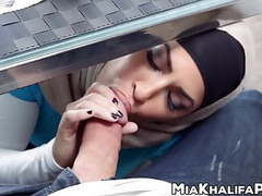 Spectacular mia khalifa cowgirl in hijab threesome movies at find-best-hardcore.com