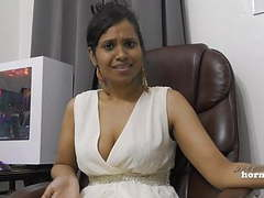 Indian aunty peeing movies at kilogirls.com