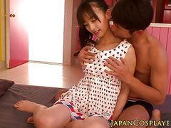 Japanese babe squirting while fingered movies