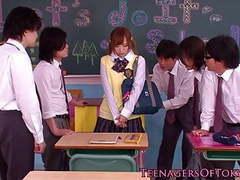 Innocent asian schoolgirl in bukkake action movies