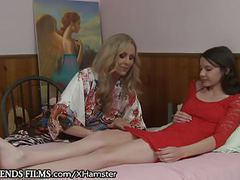 Lesbian teen guided by sensual milf julia ann tubes